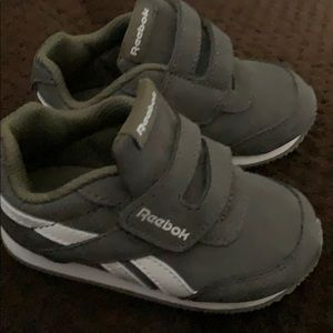 Size five sneakers brand new.